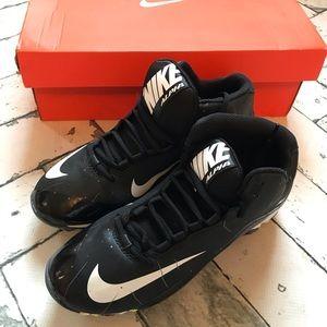 NIB Nike Alpha Shark Football Cleats 🏈 Boys Sz 6